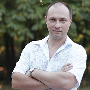 <b>Дмитрий</b>